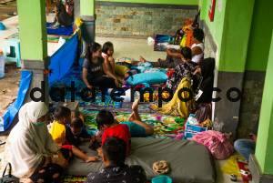 Pengungsian Korban Gempa Bumi di Kota Mamuju